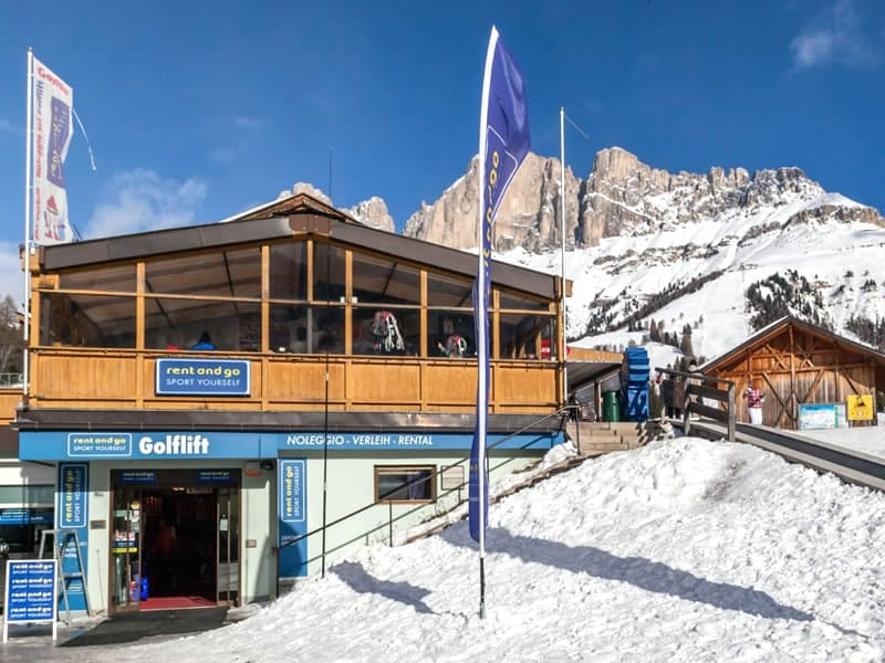Ski hire shop Noleggio Ski Verleih Golflift, Via Carezza / Karerseestrasse 163/A in Welschnofen