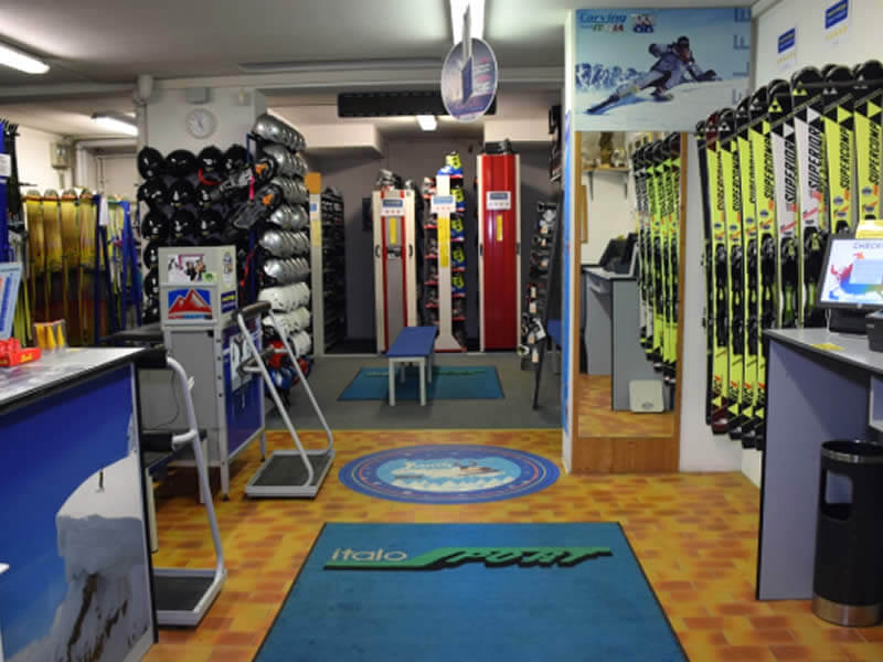 Ski hire shop Italo Sport, Via Dolomiti, 7 in Toblach
