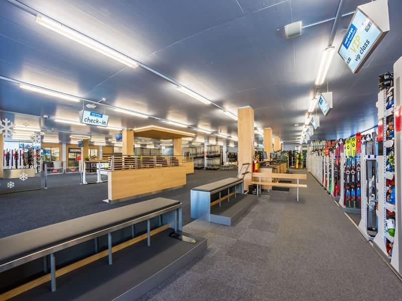 Ski hire shop Rentasport Kronplatz, Via Funivia/Seilbahnstrasse 12b in Bruneck/Reischach