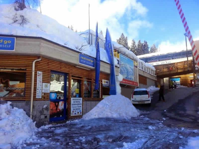 Ski hire shop Noleggio del Brenta 5 Laghi, Via Presanella, 12 in Madonna di Campiglio