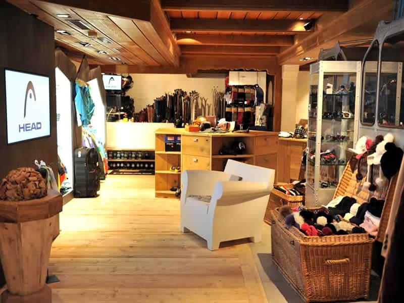 Ski hire shop Vertex Sports, Viktoriastrasse 2 in Gstaad