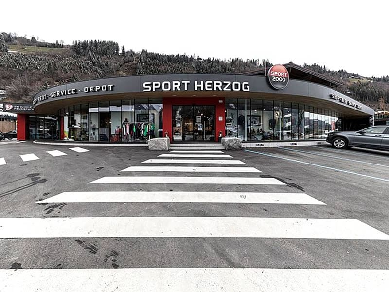 Ski hire shop SPORT 2000 Herzog, Wildkogelbahnstrasse 280 in Neukirchen